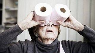 奶奶撒娇的方式有点厉害