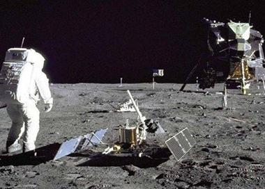 美国前宇航员逝世