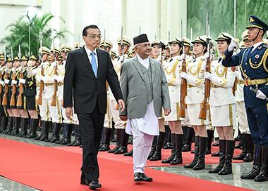 李克强同尼泊尔总理举行会谈
